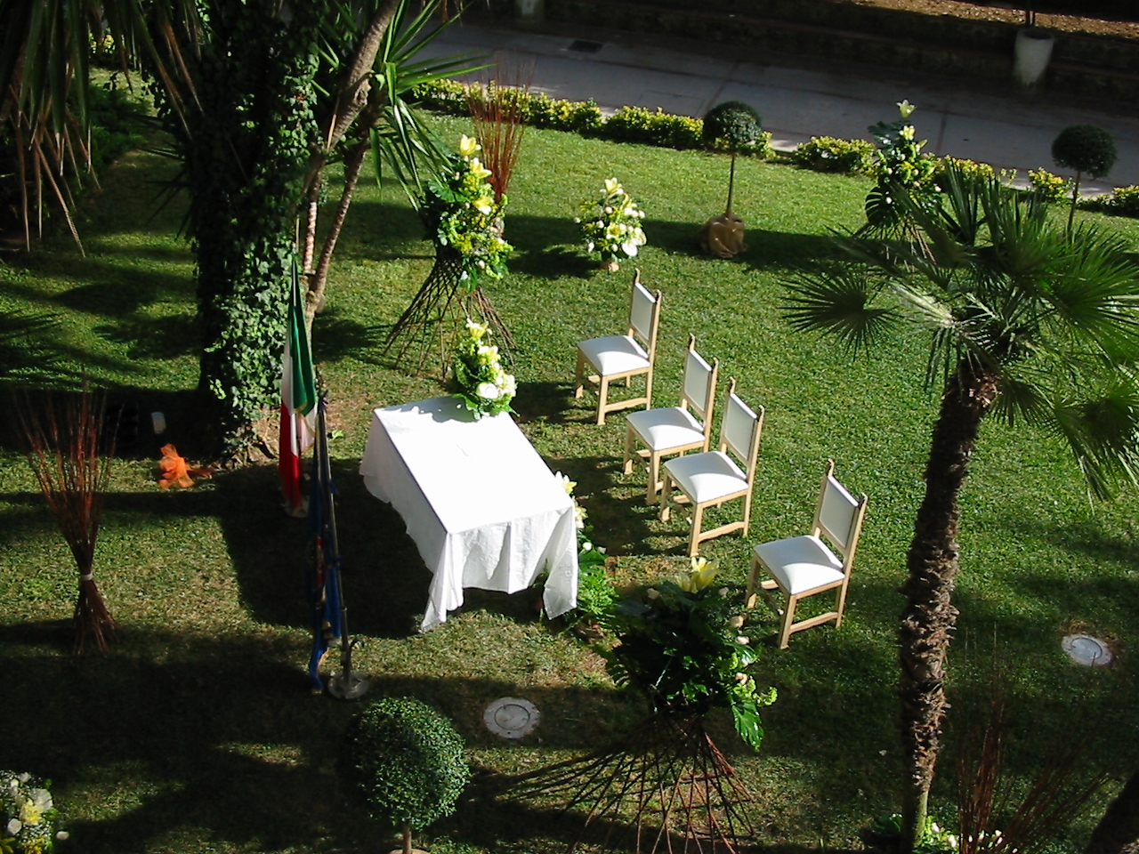 giardino casa comuanle